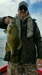 Jay Custer 21 inch smallmouth 5.22.17